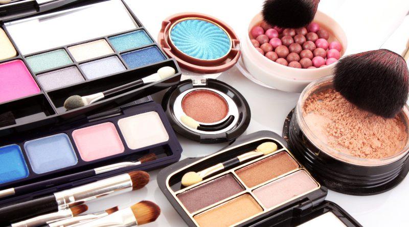 Секреты успешного дневного макияжа глаз
