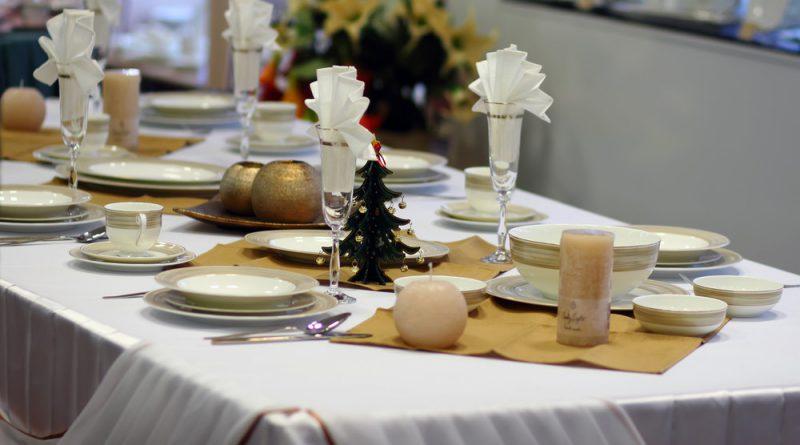 Оформление стола к Новому году